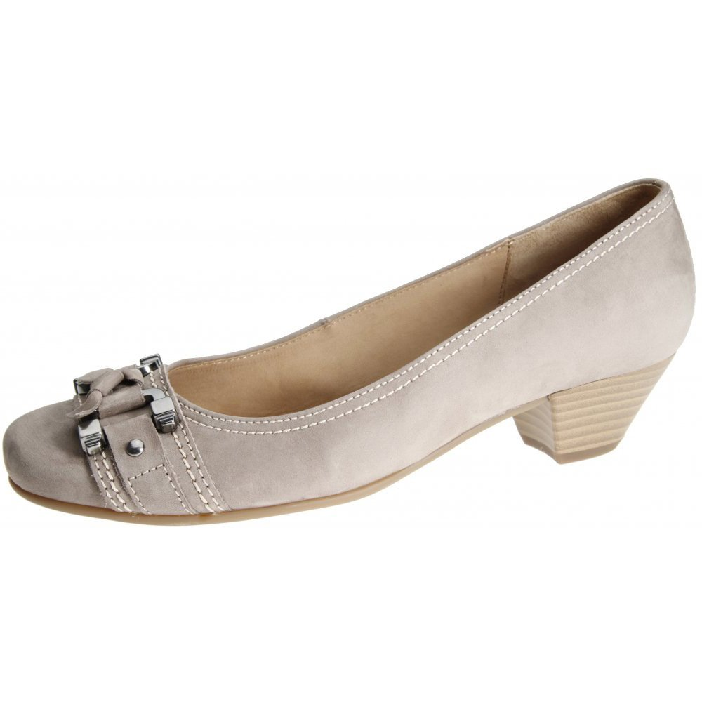 Tan Low Heel Ladies Shoe