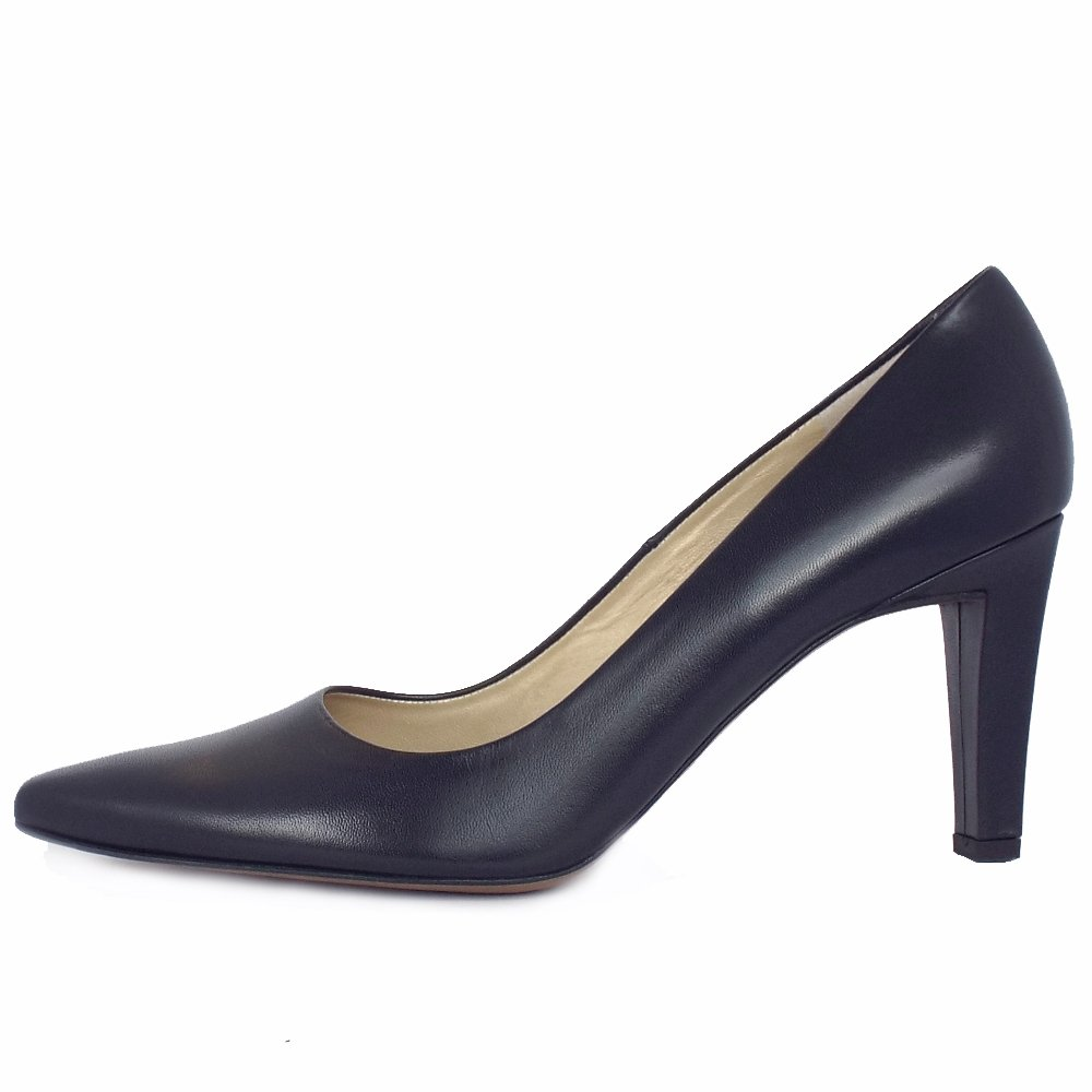 Ladies Pointed Toe Court Shoe In Navy