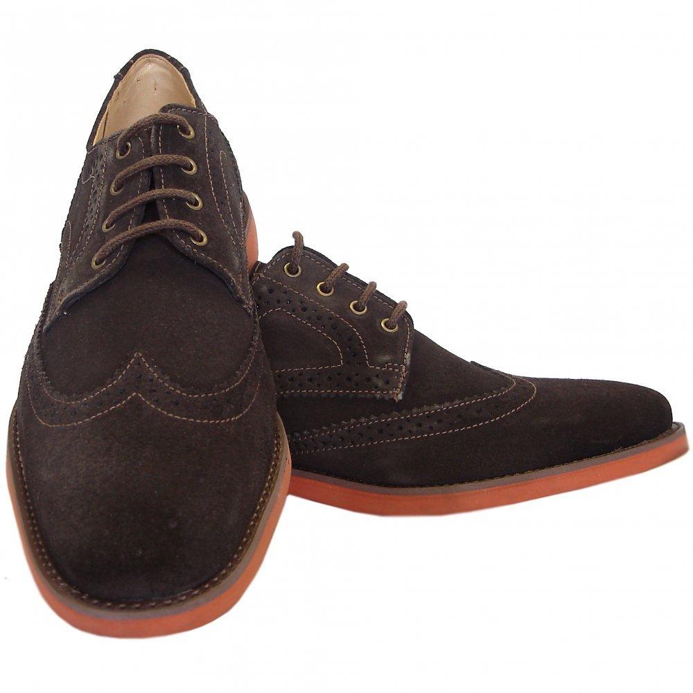 Brogues Shoes: The Origins