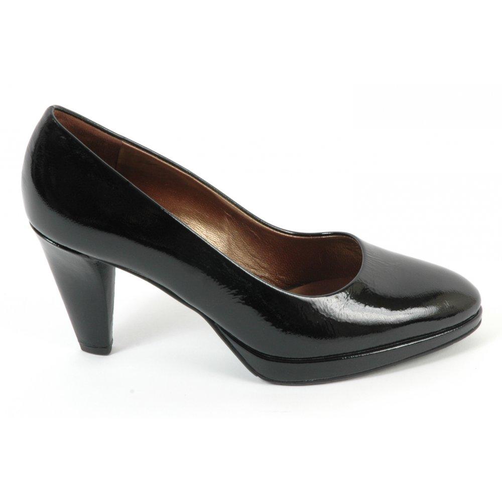 kaiser velia classic womens court shoe patent