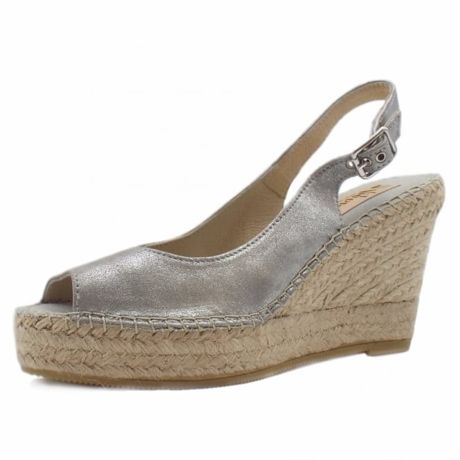Vidorreta Mendoza Low Wedge Espadrilles in Silver