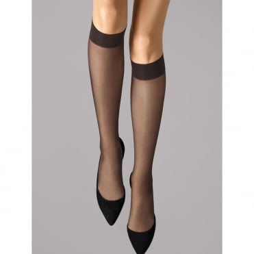 Satin Touch 20 Knee-Highs in Nearly Black